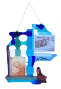 origineel kraamcadeau met naam baby - foto op glas
